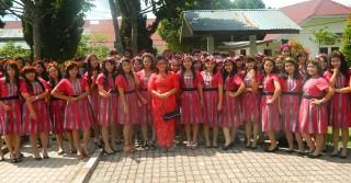 Batikta Gorga Batak Paduan Suara Akademi Bidan Tarutung