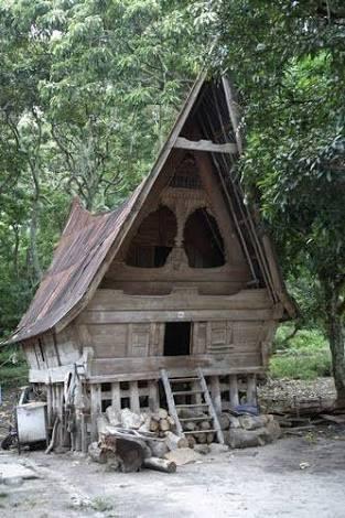 Rumah Sopo kondisi Rusak akan diperbaiki Kemenpar untuk Homestay